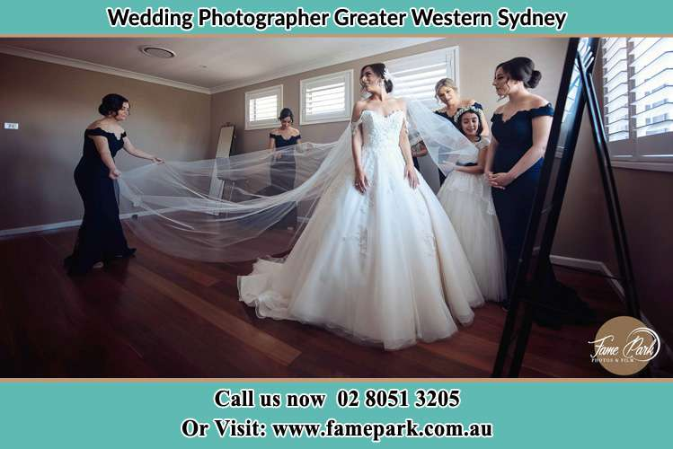Bride Preparing with the Bride's maids Greater Western Sydney