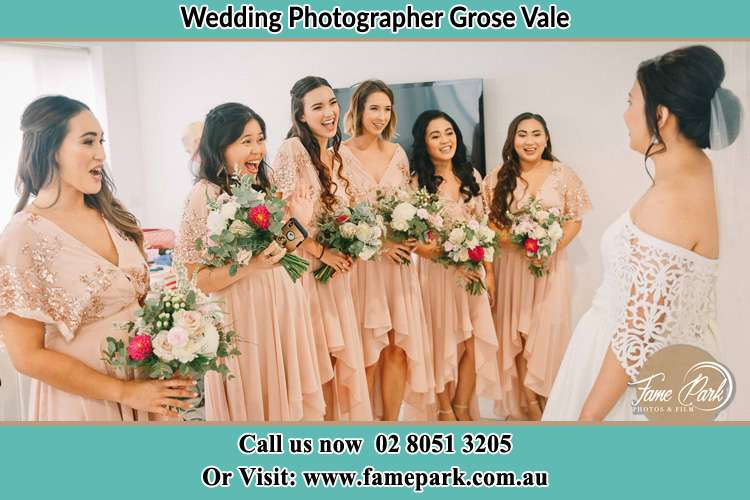 Photo of the Bride and the bridesmaids Grose Vale NSW 2753