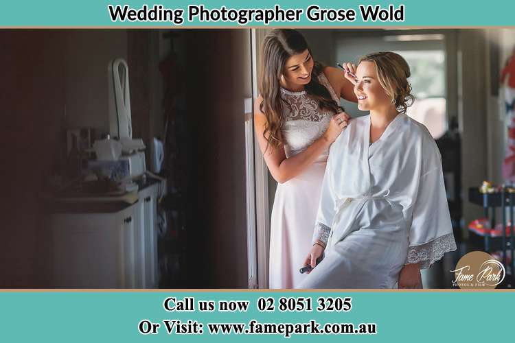 Photo of the Bride having make up Grose Wold NSW 2753
